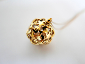 Pendant_Star Link in Polished Brass
