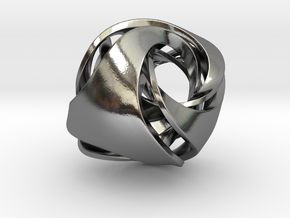 Pendant_Tetrahedron Twist No.1 in Polished Silver