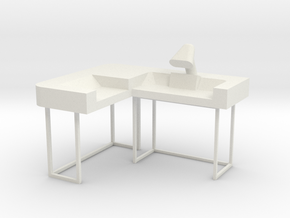 Commander's Desk S1 (Space: 1999) 1/30 in White Natural Versatile Plastic