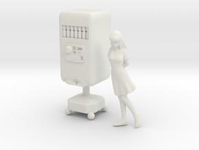 1/72 Minmay and Cola Bot Macross TV in White Natural Versatile Plastic