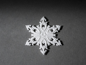 Floralflake in White Natural Versatile Plastic