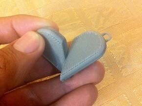 Illusionist Heart Pendant in White Natural Versatile Plastic