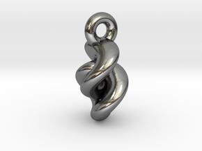 twist5 in Interlocking Polished Silver