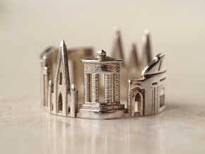 Edinburgh Ring - Gothic Ring in Polished Silver: 5 / 49