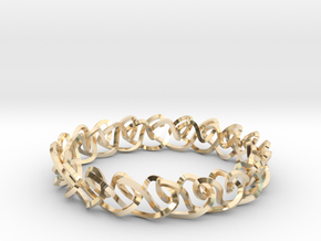 Chain stitch knot bracelet (Square) in 14k Gold Plated Brass: Extra Small
