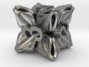 Floral Dice – D6 Gaming die in Natural Silver