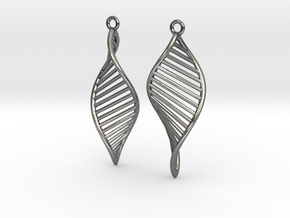 DNA Earrings 180 in Polished Silver
