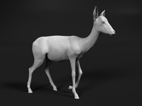 Impala 1:6 Walking Female in White Natural Versatile Plastic