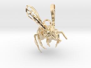Western Honey Bee Pendant in 14K Yellow Gold