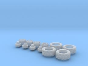 H0 1:87 Reifen 385/55 R22,5 für 4x4 in Smooth Fine Detail Plastic