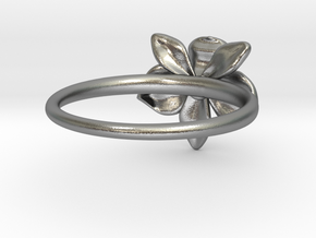 Petite Orchid in Natural Silver: 5 / 49