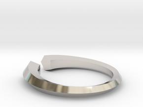 Open Pentagon Ring in Rhodium Plated Brass: 6 / 51.5