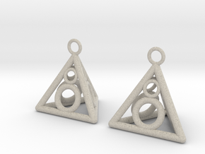 Pyramid triangle earrings serie 3 type 3 in Natural Sandstone