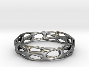 Mobius Band Voronoi Bracelet (001) in Fine Detail Polished Silver