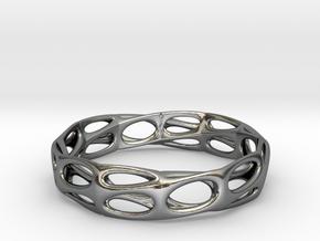 Mobius Band Voronoi Bracelet (001) in Fine Detail Polished Silver