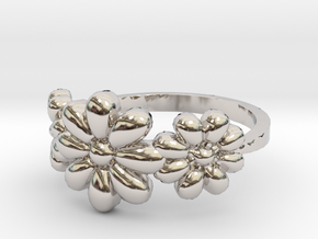 3 Flowers Ring in Rhodium Plated Brass