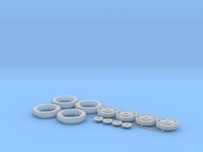 H0 1:87 Reifen 300/95 R46 in Smooth Fine Detail Plastic