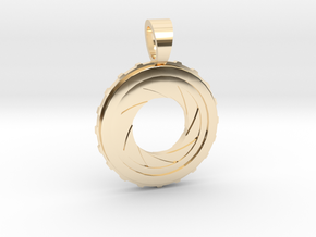 Diaphragm [pendant] in 14k Gold Plated Brass