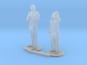 G scale people standing 3 in Smooth Fine Detail Plastic