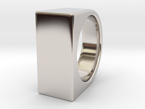 Signe Unique V - US 7  - Signet Ring in Rhodium Plated Brass