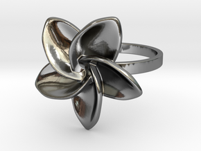 Frangipani Plumeria Ring - 18 mm in Fine Detail Polished Silver