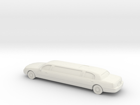 1/87 2007 Lincoln Town Car Super Stretch in White Natural Versatile Plastic
