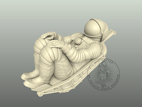 Soyuz Cosmonaut With Seat 1:24 in White Natural Versatile Plastic