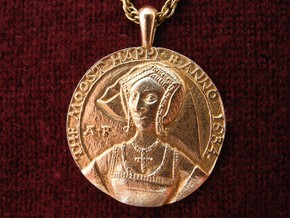 Anne Boleyn's 'Moost Happi' Portrait Pendant in Natural Bronze