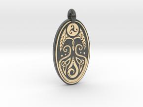 Cerridwen - Oval Pendant in Glossy Full Color Sandstone