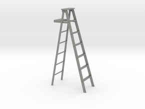 1 to 24 scale bulked up step ladder in Gray Professional Plastic