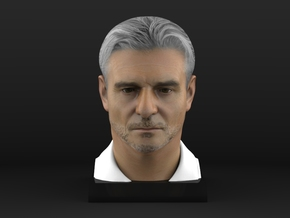 Maurizio 1/4 Head Figure in Full Color Sandstone