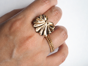 Seashell Fan Ring in Polished Bronze: 5 / 49