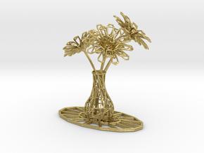 Flower vase in Natural Brass