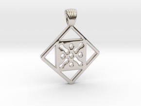 Antique square [pendant] in Platinum