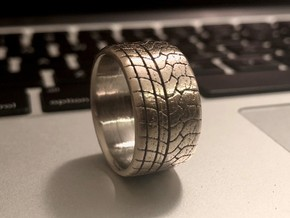 Racing tyre ring in Polished Bronzed-Silver Steel: 8 / 56.75