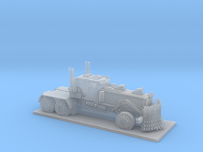 War Rig - Trucker in Smooth Fine Detail Plastic