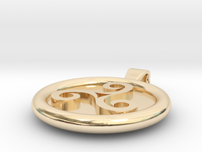 Triskell Round Pendant in 14k Gold Plated Brass