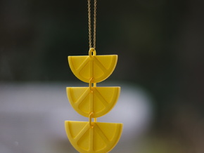 Centrepiece Lemon Necklace in Yellow Processed Versatile Plastic