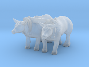 S Scale Oxen in Smooth Fine Detail Plastic