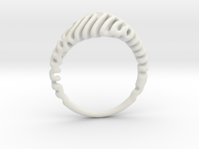 Reaction Diffusion Ring  5 in White Natural Versatile Plastic