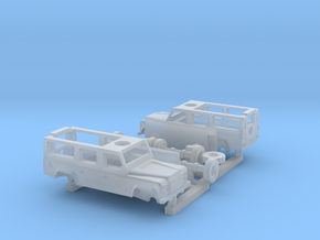 1:220 Land Rover Defender Station 110     2 Stück in Smoothest Fine Detail Plastic