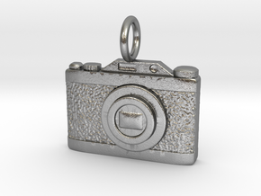 3D Vintage style camera in Natural Silver