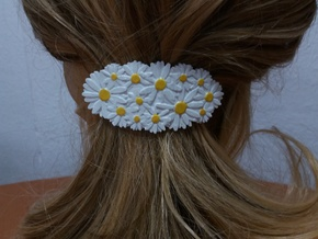 Hair Barrete with Daisies 60-76 in White Natural Versatile Plastic