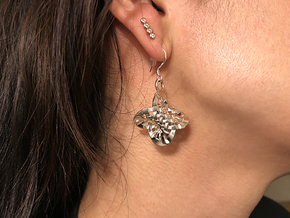 Woven Hopf fibration earrings in Fine Detail Polished Silver