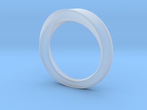 3/4 Mobius Ring (Inside diameter 16.6 mm) in Smooth Fine Detail Plastic