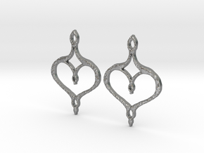 :Perfect Valentine: Earrings in Natural Silver