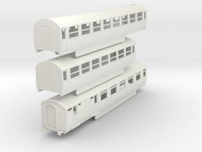 0-100-lner-silver-jubilee-E-F-G-triplet-coach in White Natural Versatile Plastic