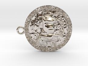 Taurus-Medaillon in Rhodium Plated Brass