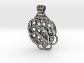 Chain Mail Pendant V in Polished Silver