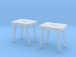 Military Stool - Barracks, Style I - Pegs 1:18 in Smooth Fine Detail Plastic